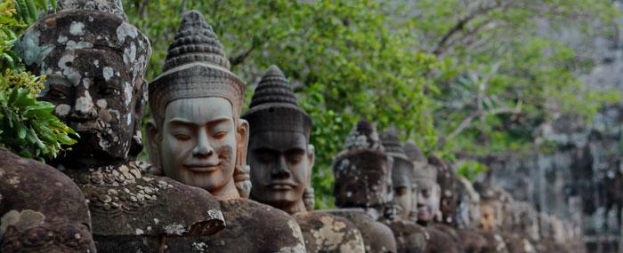 angkor statues